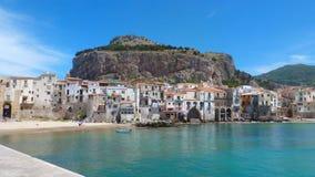 Город Cefalu, Сицилия, Италия Стоковые Фотографии RF