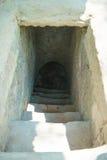 Город HOJIMIN, Вьетнам 17-ое марта:: дверь к подполью от Стоковое Фото