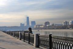 город moscow делового центра взгляд реки moscow обваловки Стоковые Фото