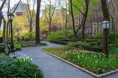 Город Tudor зеленеет весну стоковое фото