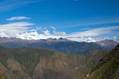 Горы Анд как осмотрено от Machu Picchu стоковая фотография rf