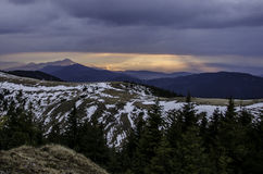 горы ландшафта над восходом солнца Стоковые Изображения
