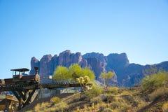 Горы Аризона суеверия стоковые фотографии rf