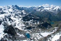 Горы Альпов - между льдом и снегом стоковые изображения