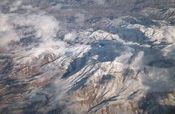 Горы, взгляд от самолета стоковые фото