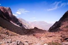 Горы в Андах, Сантьяго, Чили стоковые фото