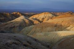 Горы в пустыне стоковое изображение rf