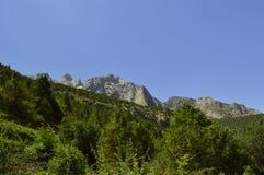 Горы в ущелье Galuyan, Кыргызстане Стоковая Фотография RF