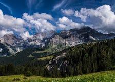 Горы в Швейцарии Стоковые Фотографии RF