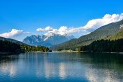 горы горы озера lac de Франции creno Корсики корсиканские стоковое изображение