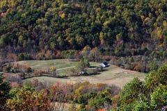 горы дома сиротливые Стоковая Фотография RF