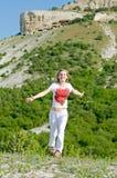 горы женщина стоковое фото
