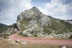 Горы известняка в долине Saliencia Стоковое Изображение RF