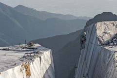 Горы и карьер мрамора Стоковое фото RF