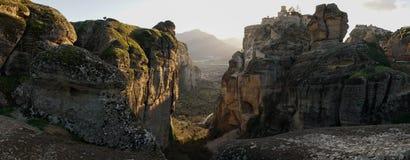 Горы и монастырь Meteora в Греции Стоковые Фото