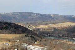 Горы и река Стоковые Изображения RF