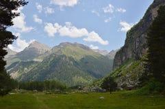 Горы Кавказа, красивые Стоковое Изображение RF