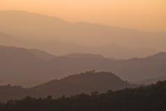 Горы на национальном парке Huai Nam Dang, Стоковые Изображения RF