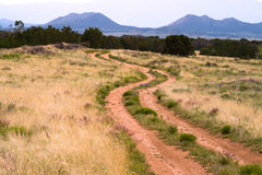 Горы Неш-Мексико amnd извилистой дороги Стоковая Фотография