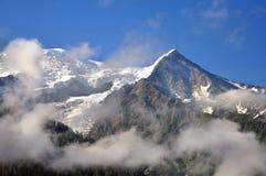 горы облаков головные Стоковые Фото