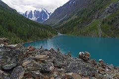 горы горы озера lac de Франции creno Корсики корсиканские Altai, Россия стоковое фото rf