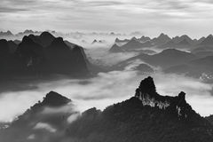 Горы около реки li Стоковые Фотографии RF