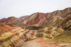 Горы радуги Danxia, провинция Zhangye, Ганьсу, Китай Стоковые Изображения RF