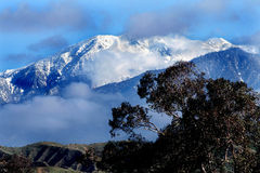 Горы Сан Бернардино Калифорнии в зиме стоковое изображение rf