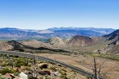 2 горы сьерра-невады дороги майны восточных Стоковое Фото