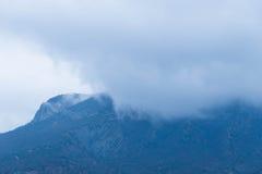 горы тумана сверх Стоковое Изображение RF