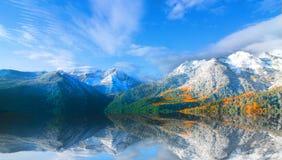 горы утесистые Стоковое фото RF