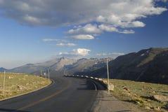 горы хайвея colorado утесистые Стоковые Изображения RF