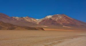 Горы цвета на Altiplano в Боливии Стоковое Фото