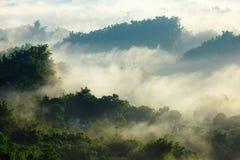 горы деревенского дома Стоковая Фотография