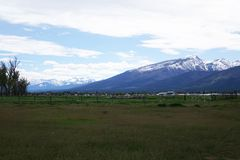 Горы Bitterroot около Гамильтона, Монтаны стоковое изображение rf