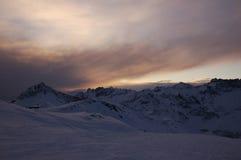 Горы Cervinia в вечере Стоковые Изображения