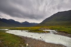 горы kyrgyzstan стоковое фото rf