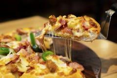 горячая пицца стоковое изображение rf