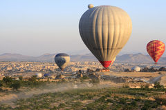 Горячая прогулка на воздушном шаре, Cappadocia Стоковые Изображения RF