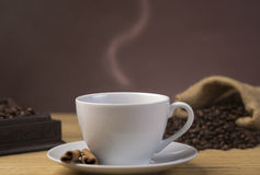 Горячая чашка кофе в ресторане Стоковая Фотография