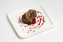 Горячее блюдо на белой предпосылке Стоковые Изображения RF