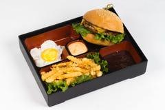 Горячее блюдо установленное на белую предпосылку Стоковые Фотографии RF