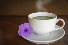 Горячее matcha зеленого чая Стоковые Изображения