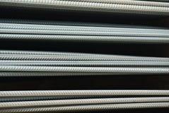 Горячекатаные деформированные стальные пруты a K A стальной бар подкрепления Стоковое Изображение RF