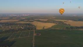Горячие воздушные шары в небе