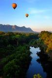 Горячие воздушные шары над Африкой Стоковое Изображение