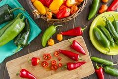 Горячие разнообразия перца помадки и Chili Стоковые Фотографии RF