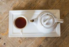 Горячие чай и опарник Стоковые Изображения RF