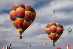 горячий воздушных шаров цветастый Стоковое Изображение