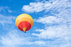 горячий воздушного шара цветастый Стоковое Изображение RF